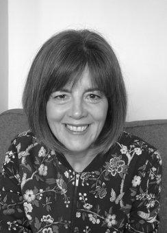 Profile photo for Suzanne Rowland