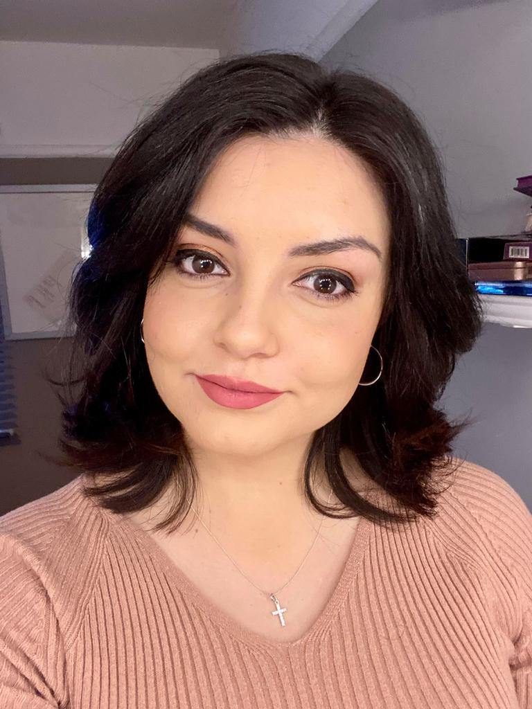 Profile photo for Sarah Waddington Azambuja