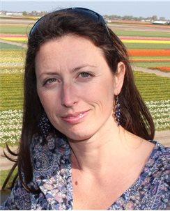 Profile photo for Dr Maureen Berg