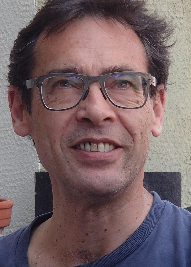 Profile photo for Prof Andre Viljoen