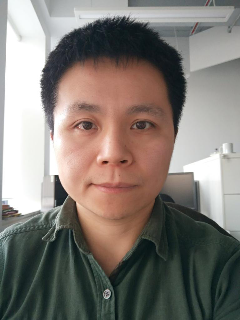 Profile photo for Dr Yuan Li
