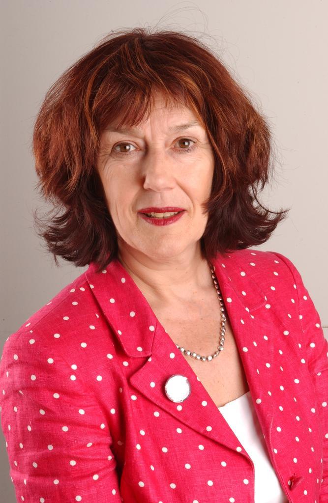Profile photo for Dr Helen Walker