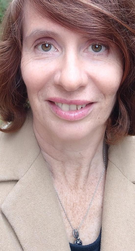 Profile photo for Dr Jane Thomas